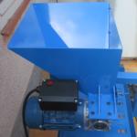 máquina partir almendras eléctrica